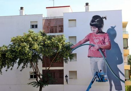 Estepona's 22nd mural nears completion