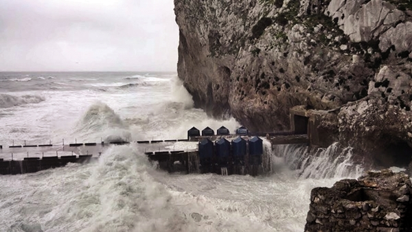 Gibraltar wave power